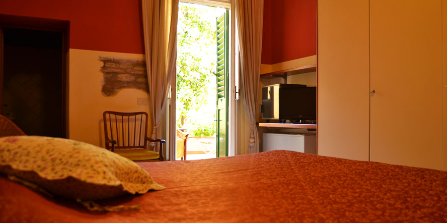 Camera sul cortile interno al Bed and Breakfast I 2 Leoni | Firenze